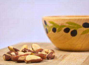 walnuts with vitamin b12
