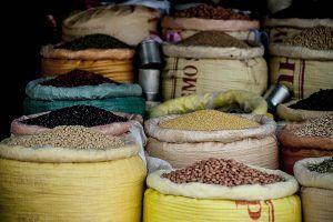 legumbres en un mercado